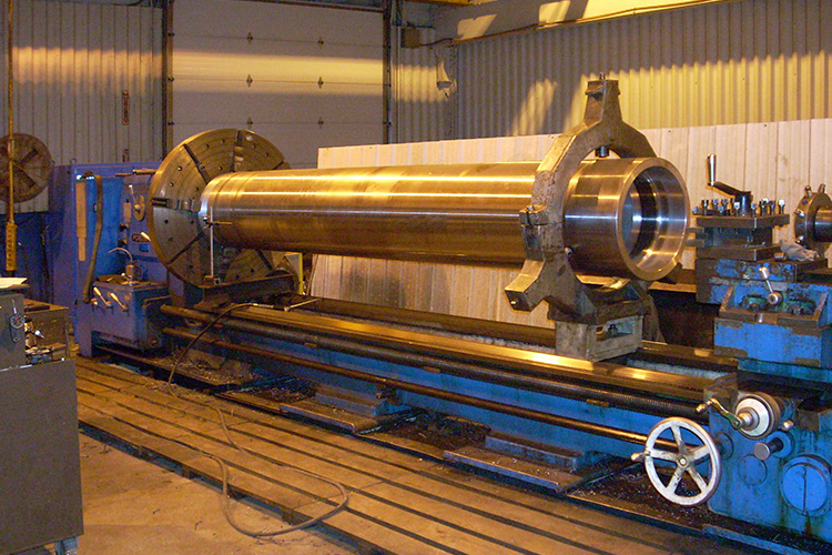 machining at commercial fluid power
